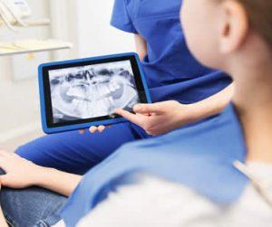 oral-surgery-dentist-18