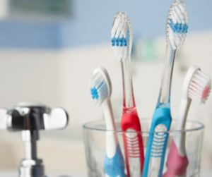 Can Germs Live on my Toothbrush